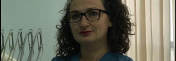 Dr. Klodiana H. Dyrmishi: Fluorizimi i dhëmbëve tek fëmijët, pse është i domosdoshëm
