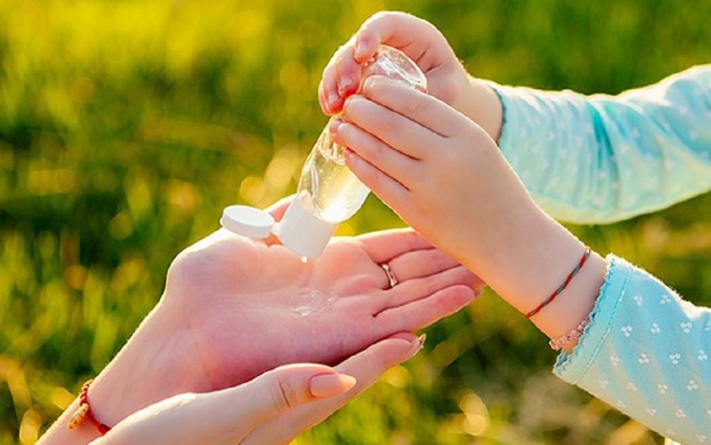 Abuzimi me çmimet/ OBSH publikon recetën e dezinfektuesit të bërë vetë