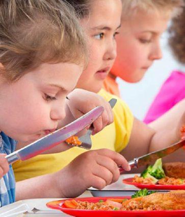 Çfarë kuptojmë me fëmijët e kequshqyer dhe si trajtohet