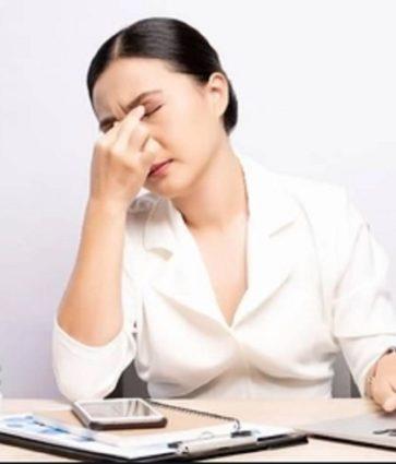 Astenopia, apo sytë e lodhur/ Shkaqet dhe trajtimi