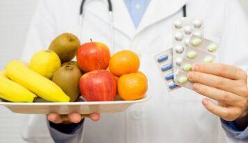 Këshilla/ Ilaçe dhe ushqime që nuk duhen marrë njëkohësisht