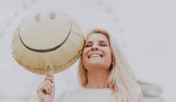 Çfarë tregon niveli i ulët i serotoninës, hormonit të rëndësishëm për humorin tonë