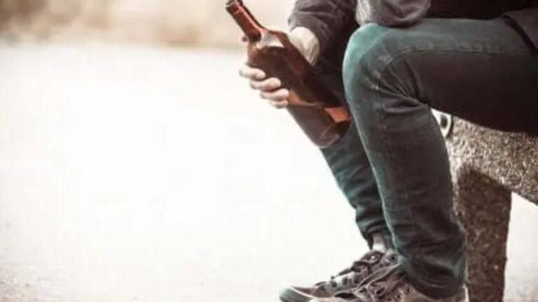 Alkoolizmi, shkaqet e mundshme dhe pasojat