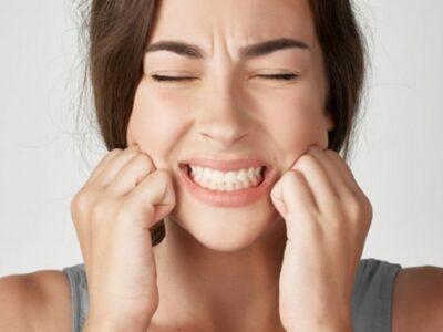 Çfarë është bruksizmi, që e njohim si kërcitja e dhëmbëve